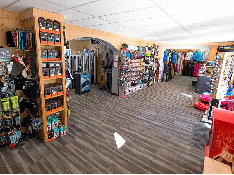 Skiverhuur winkel CUBY SPORT, 130 Avenue des Alpages in Les Houches