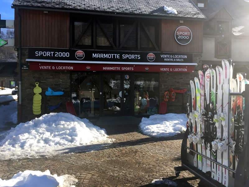 Skiverhuur winkel LA MARMOTTE SPORT, 16 Place des Balalans in Loudenvielle