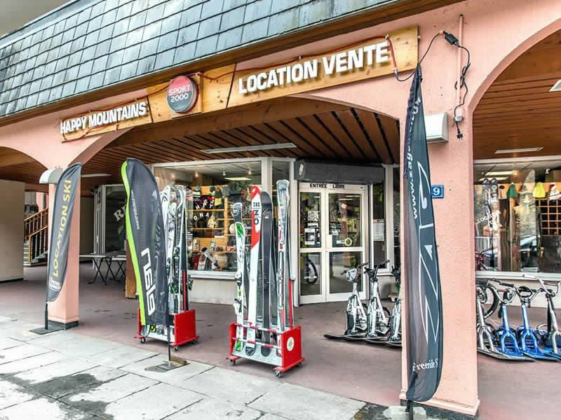 Skiverhuur winkel HAPPY MOUNTAINS, 39, Rue Aristide Briand in Brides les Bains