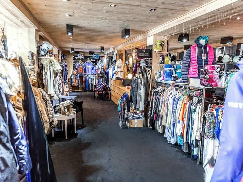 Skiverhuur winkel CONTAT SPORTS, 421 rue du centre - Résidence Le Mont Chéry in Les Gets