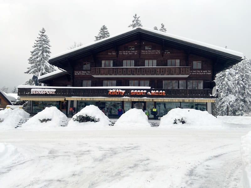 Skiverhuur winkel Käthy Sport + Mode, Äussere Dorfstrasse 31 in Kandersteg