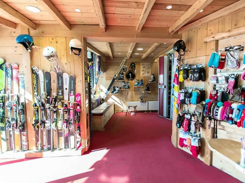 Skiverhuur winkel GUILLET SPORT - SKIRAMA 2000, Balcon de Villard/Cote 2000 in Villard de Lans - Cote 2000