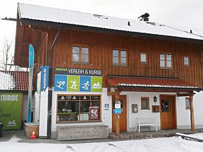 Skiverhuur winkel Montevia, Lenggries in Bergbahnstrasse 1