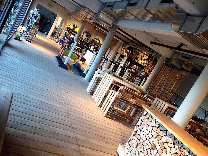 Skiverhuur winkel Sport Edinger Testcenter, Bergstation Gondelbahn Hochsöll in Söll