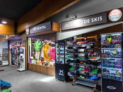 Skiverhuur winkel TOP SPORTS, Val Thorens in Centre Commercial de Caron