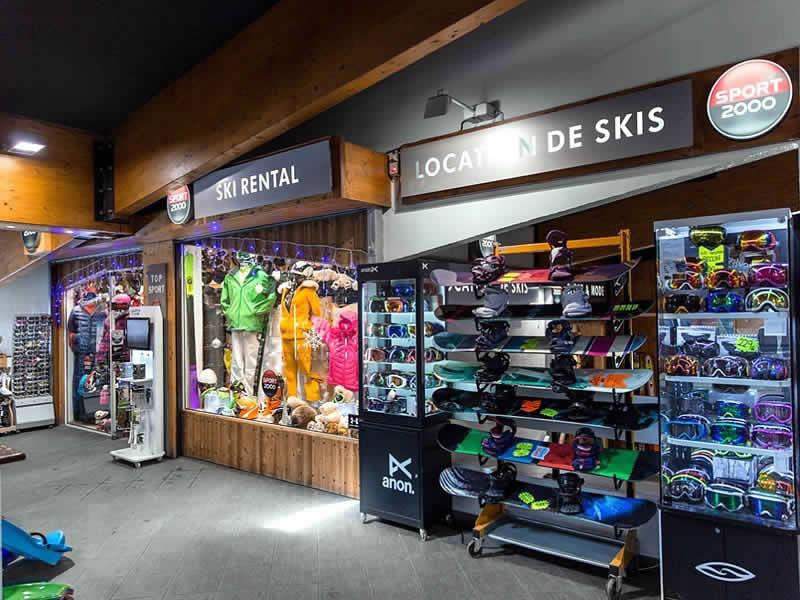 Skiverhuur winkel TOP SPORTS, Centre Commercial de Caron in Val Thorens