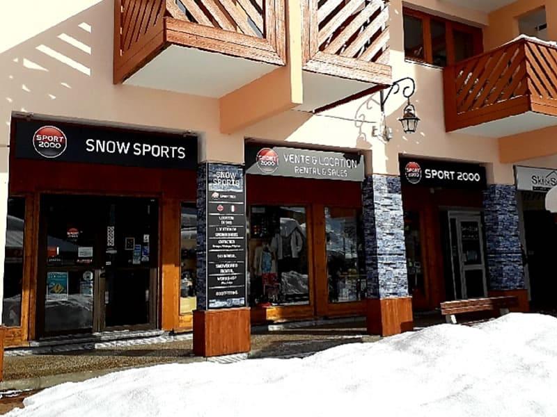 Skiverhuur winkel SNOW SPORTS, Centre Commercial Les Bruyères in Les Menuires Reberty