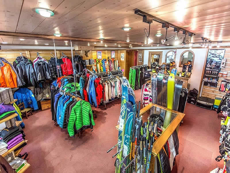 Skiverhuur winkel ARDENT SPORTS, Centre Station in Montriond