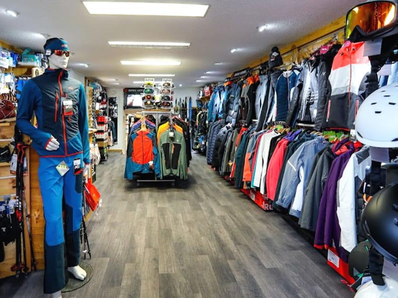 Skiverhuur winkel SPORTNEIGE - SPORT & MODE, Centre Village - 38, place des Martyrs in Villard de Lans