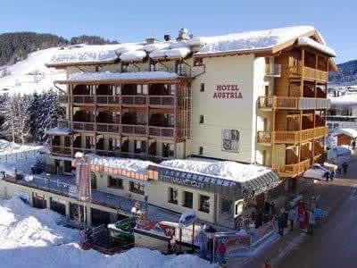 Skiverhuur winkel Sport Blachfelder, Wildschönau-Niederau in Dorfstraße 123 [Hotel Austria]