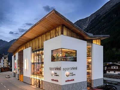 Skiverhuur winkel Sport Riml, Sölden in Dorfstrasse 9
