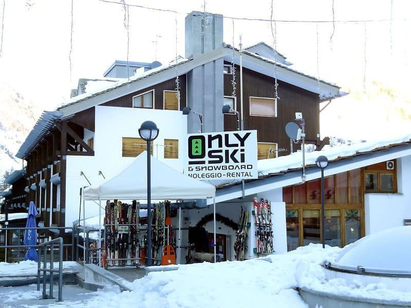 Skiverhuur winkel Only Ski & Snowboard, Fraz. Entreves 122 in La Thuile