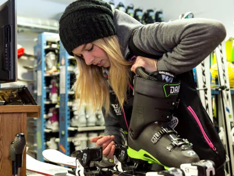 Skiverhuur winkel Only Ski Express, Fraz. Entrèves 136 in La Thuile