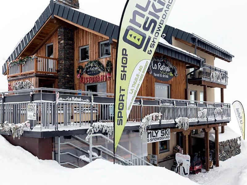 Skiverhuur winkel Only Ski & Snowboard, Funivia La Suches (stazione a monte) in La Thuile