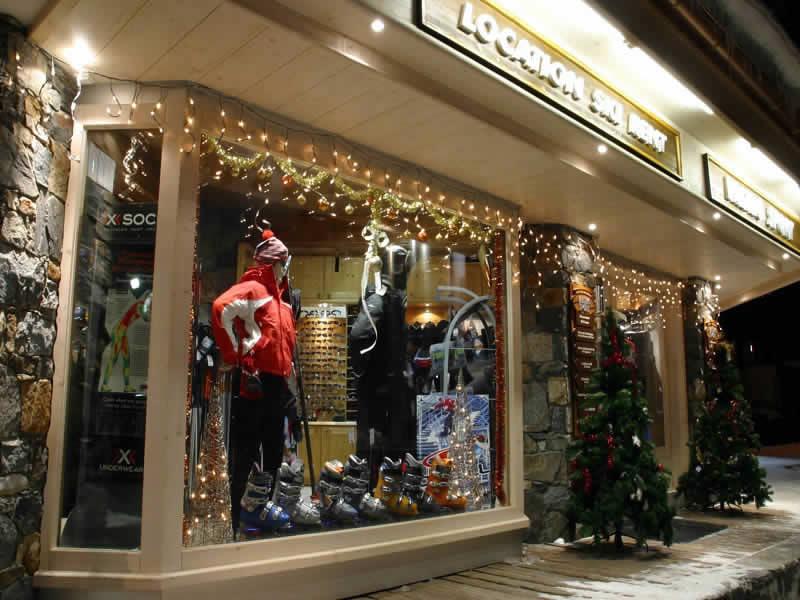 Skiverhuur winkel PROSNEIGE SHOP CENTRAL, Galerie comerciale de l'hotel Le Val Thorens in Val Thorens