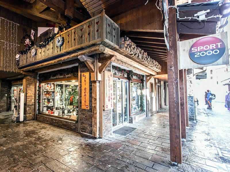 Skiverhuur winkel ARMAND BERARD SPORTS, Galerie Commerciale in La Plagne - Belle-Plagne