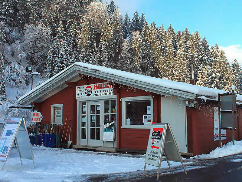 Skiverhuur winkel Sport Harry's, Garfrescha Talstation in St. Gallenkirch