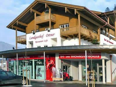 Skiverhuur winkel Sport Klieber, Eben im Pongau in HNr. 387 [Talstation Reitlehen Bergbahnen]