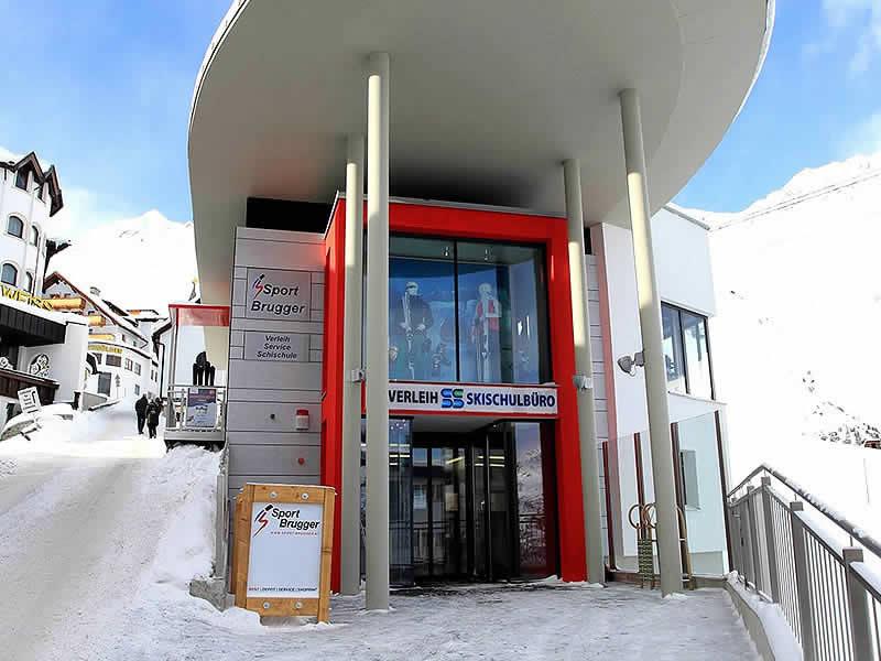 Skiverhuur winkel Sport Brugger, Hochsöldenstrasse 10 in Hochsölden