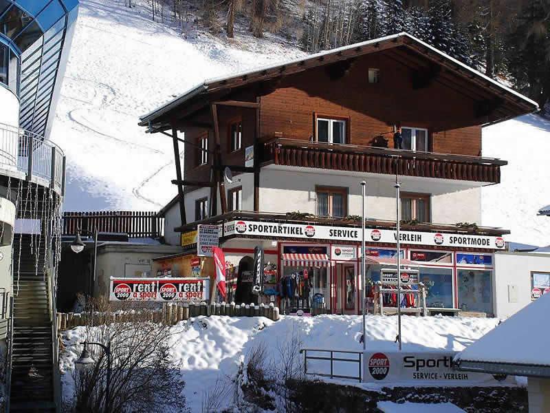 Skiverhuur winkel SPORT 2000 Sportladen, Hof 34 in Heiligenblut