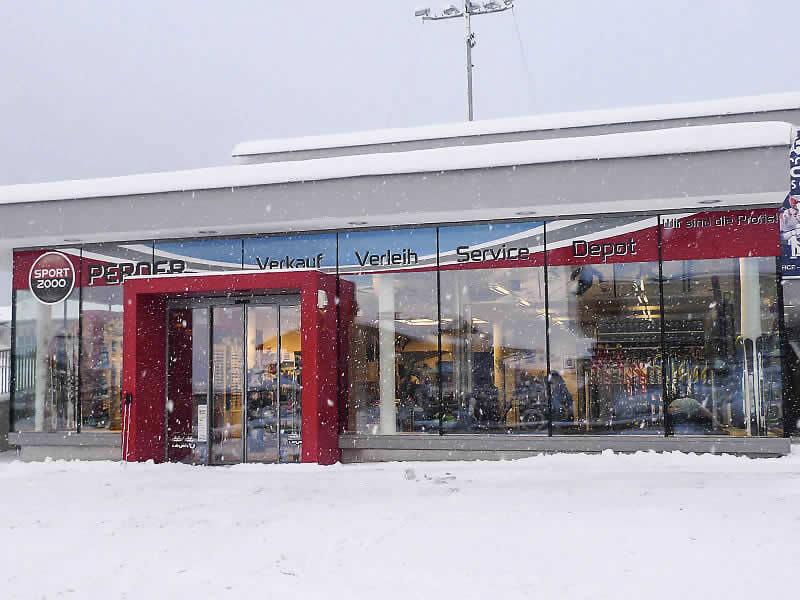 Skiverhuur winkel SPORT 2000 Star Jet, Flachau in Hofgasse 186 [Talstation Star Jet]