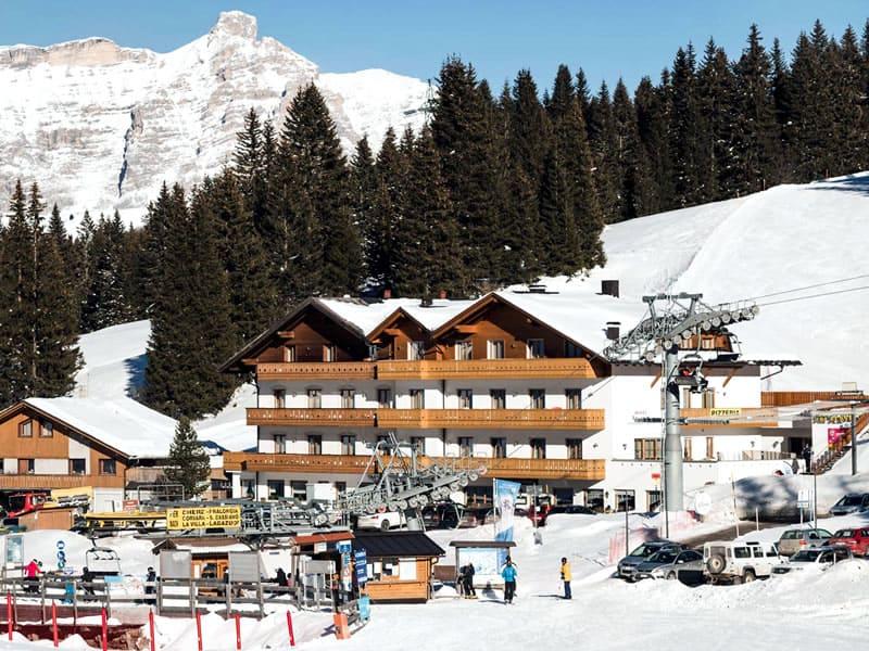Skiverhuur winkel Ski Service da Nico, Hotel Laguscei - Passo Campolongo in Arabba