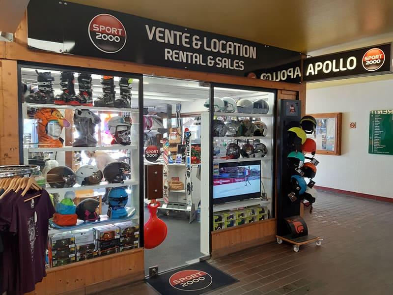 Skiverhuur winkel SPORT 2000 APOLLO, Immeuble Apollo - Centre station - Front de neige in Le Corbier