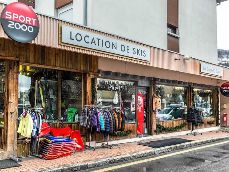 Skiverhuur winkel LA CAGE O SPORT, Immeuble les Soldanelles - 77 Rue Emile Machet in Bozel