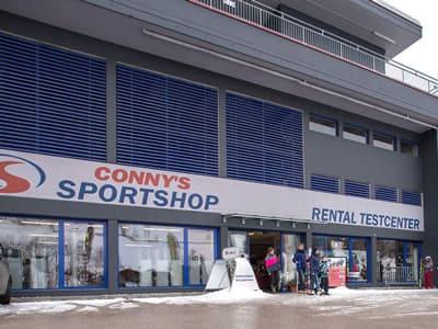 Skiverhuur winkel Sport Conny's, Alpbach in Inneralpbach 553 [Talstation Pöglbahn]
