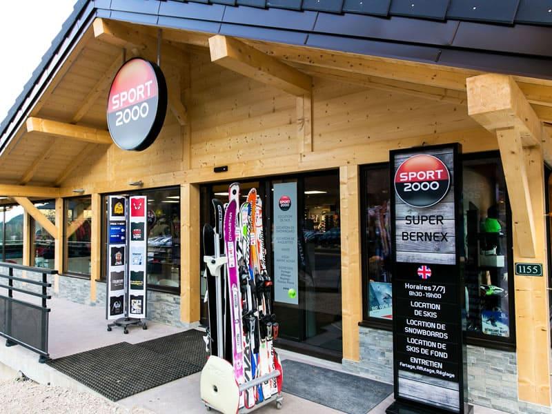 Skiverhuur winkel SUPER BERNEX SPORT, La Plallud (La Fouly Station) in Bernex