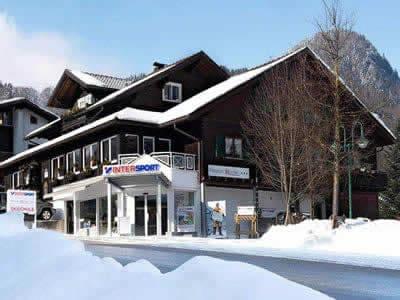 Skiverhuur winkel INTERSPORT - Silvretta Montafon, Tschagguns in Latschaustrasse 6