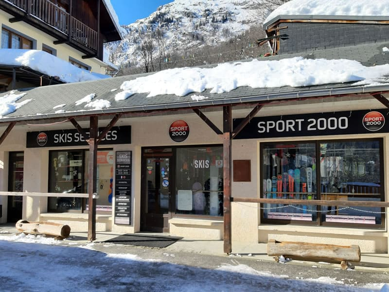 Skiverhuur winkel SKIS SERVICES, Le chef Lieu in Saint Colomban-Villards