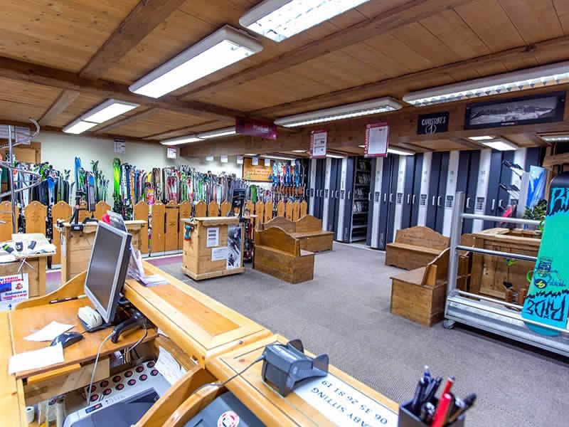 Skiverhuur winkel GERMAIN SPORTS, Le Linga in Chatel