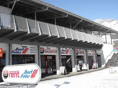 Skiverhuur winkel Sport Fuchs, Brixen im Thale in Liftweg 1 [Talstation Gondelbahn]