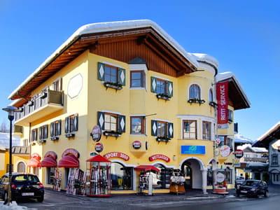 Skiverhuur winkel SPORT 2000 Weitgasser, Altenmarkt in Obere Marktstraße 5