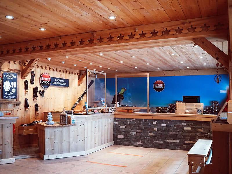 Skiverhuur winkel LOCATION DES PLANARDS, Piste des Planards - 350 Chemin du Pied du Grepon in Chamonix