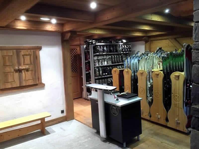 Skiverhuur winkel BELLEVUE SPORTS, Place du téléphérique de Bellevue in Les Houches