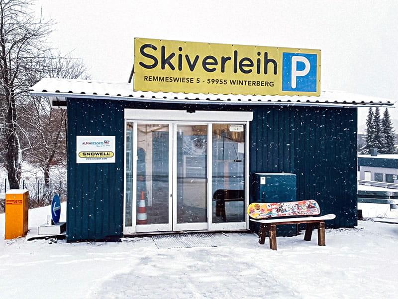 Skiverhuur winkel Liftstation Skiverleih, Remmeswiese 5 in Winterberg