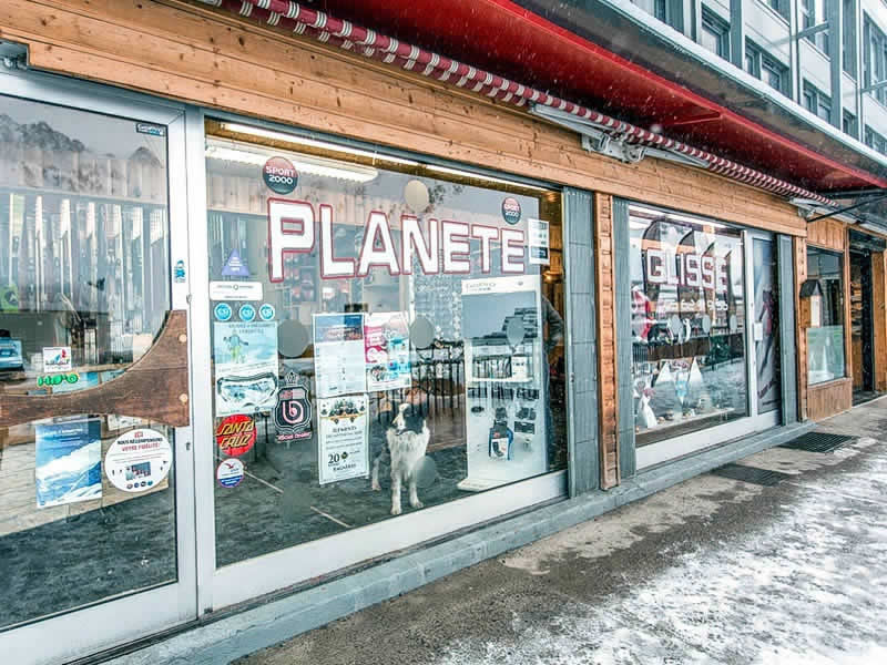 Skiverhuur winkel PLANETE GLISSE, Résidence Plein Ciel, Avenue du Tourmalet in La Mongie