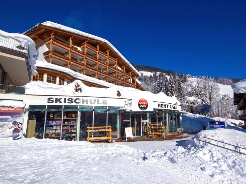 Skiverhuur winkel SPORT 2000 Schmitten, Schmittenstrasse 125 in Zell am See