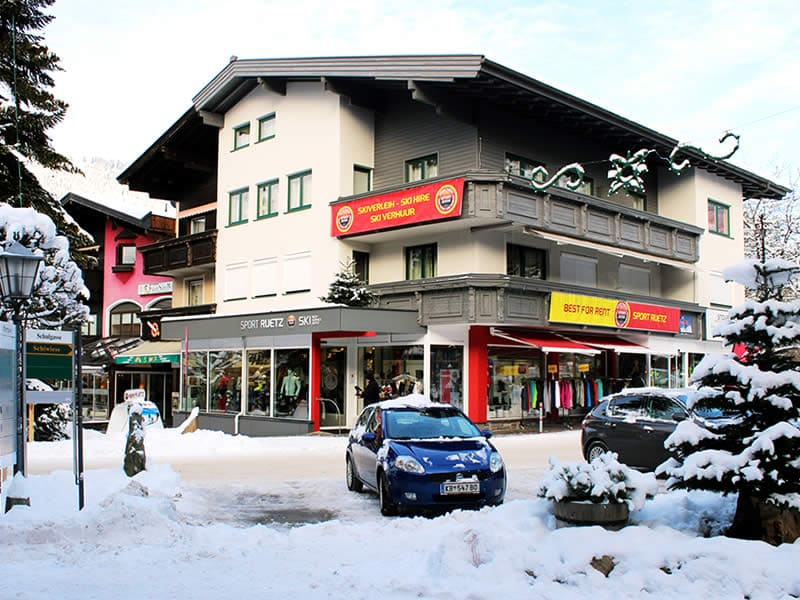 Skiverhuur winkel SPORT 2000 Ruetz, Schulgasse 1 in Westendorf