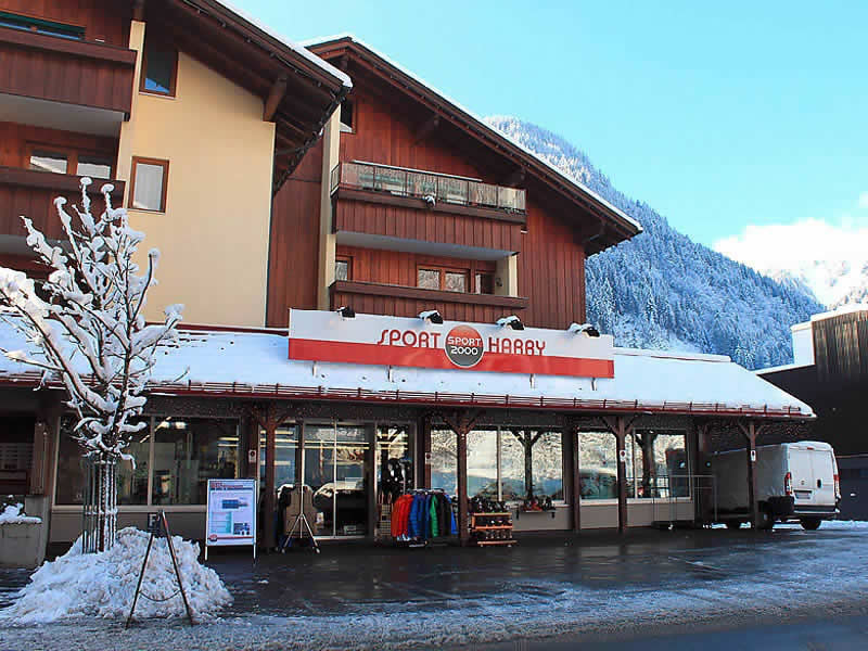 Skiverhuur winkel Sport Harry's, Silvrettastrasse 7 in St. Gallenkirch