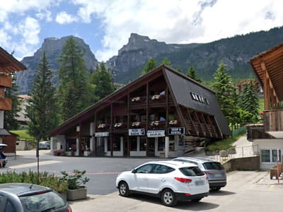 Skiverhuur winkel Alta Badia Shop & Rental, Alta Badia-La Villa/Stern in Streda Colz 60