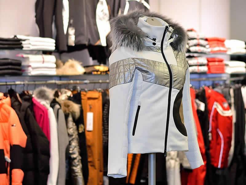 Skiverhuur winkel Intersport Rent, Streda Dursan, 98 - Via Dursan, 98 in St. Christina - Grödental
