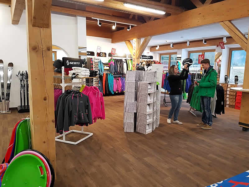 Skiverhuur winkel Hofherr Sport, Talstation Almkopfbahn in Bichlbach