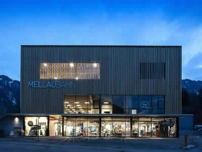 Skiverhuur winkel Sport & Mode Natter, Mellau in Talstation Bergbahnen Mellau
