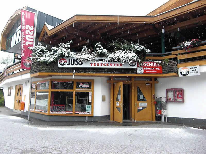 Skiverhuur winkel SPORT 2000 Juss, Talstation Gondelbahn (Schlöglberg 63) in Mühlbach am Hochkönig