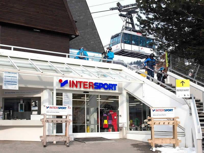Skiverhuur winkel INTERSPORT - Silvretta Montafon, Talstation Hochjochbahn in Schruns