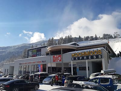 Skiverhuur winkel Hofherr Sport, Lermoos in Talstation Hochmooslift - Mösle 2a