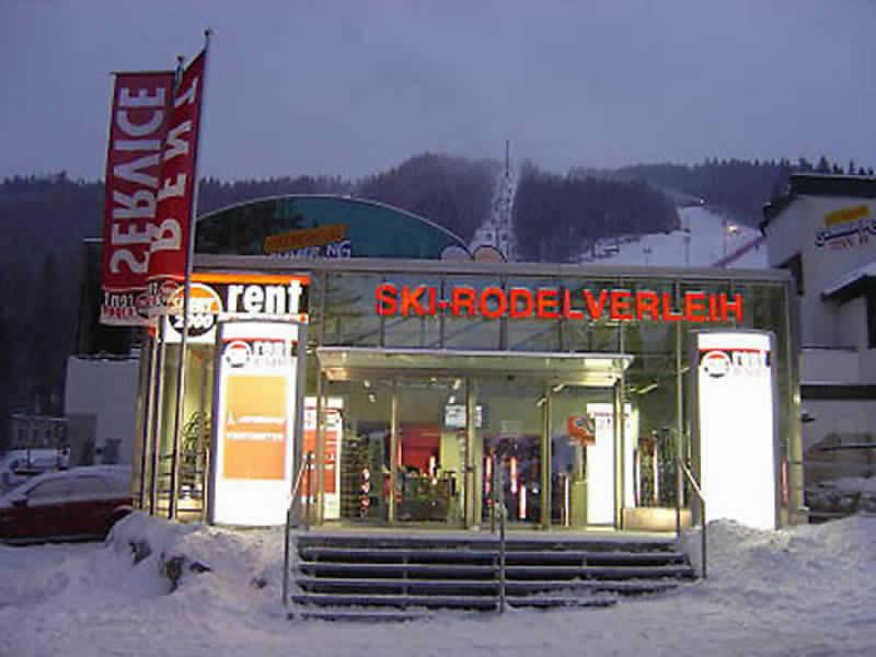 Skiverhuur winkel SPORT 2000 Puschi, Talstation Kabinenbahn Zau[:ber:]g in Semmering